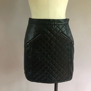 Sparkle and Fade quilted mini skirt
